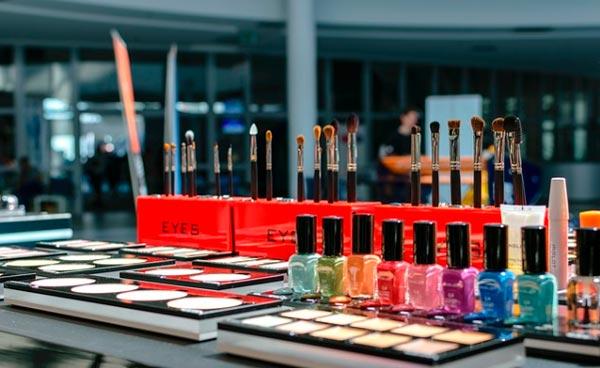 productos de belleza femenina